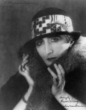 MAN RAY. Rrose Sélavy, 1921.