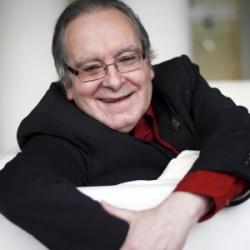DIEGO A. MANRIQUE