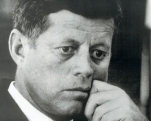 """Fotograma de """"Crisis: Behind a Presidential Commitment"""" (R. Drew, 1963) Uno de los films más representativos del cine directo."""