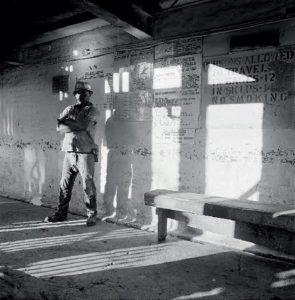 DAVID GOLDBLATT. On the Mines (1966-1972)